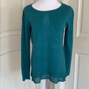 Teal pullover sweater with hem detail size M